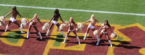 RedskinsCheerleaders.jpg