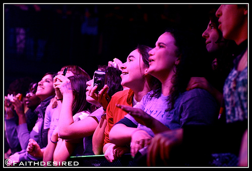 Fans @ Vampire Weekend @ 9:30 Club, by flickr user faithdesired