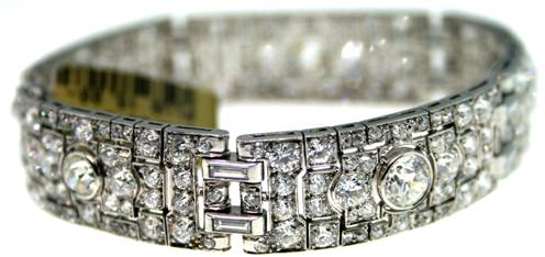 Raymond Lee Jewelers has this Platinum diamond bracelet. Total diamond weight is approx 20.50 carats.