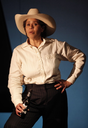Anna Deavere Smith in Second Stage's production of Let Me Down Easy, directed by Leonard Foglia. Photo by Joan Marcus.