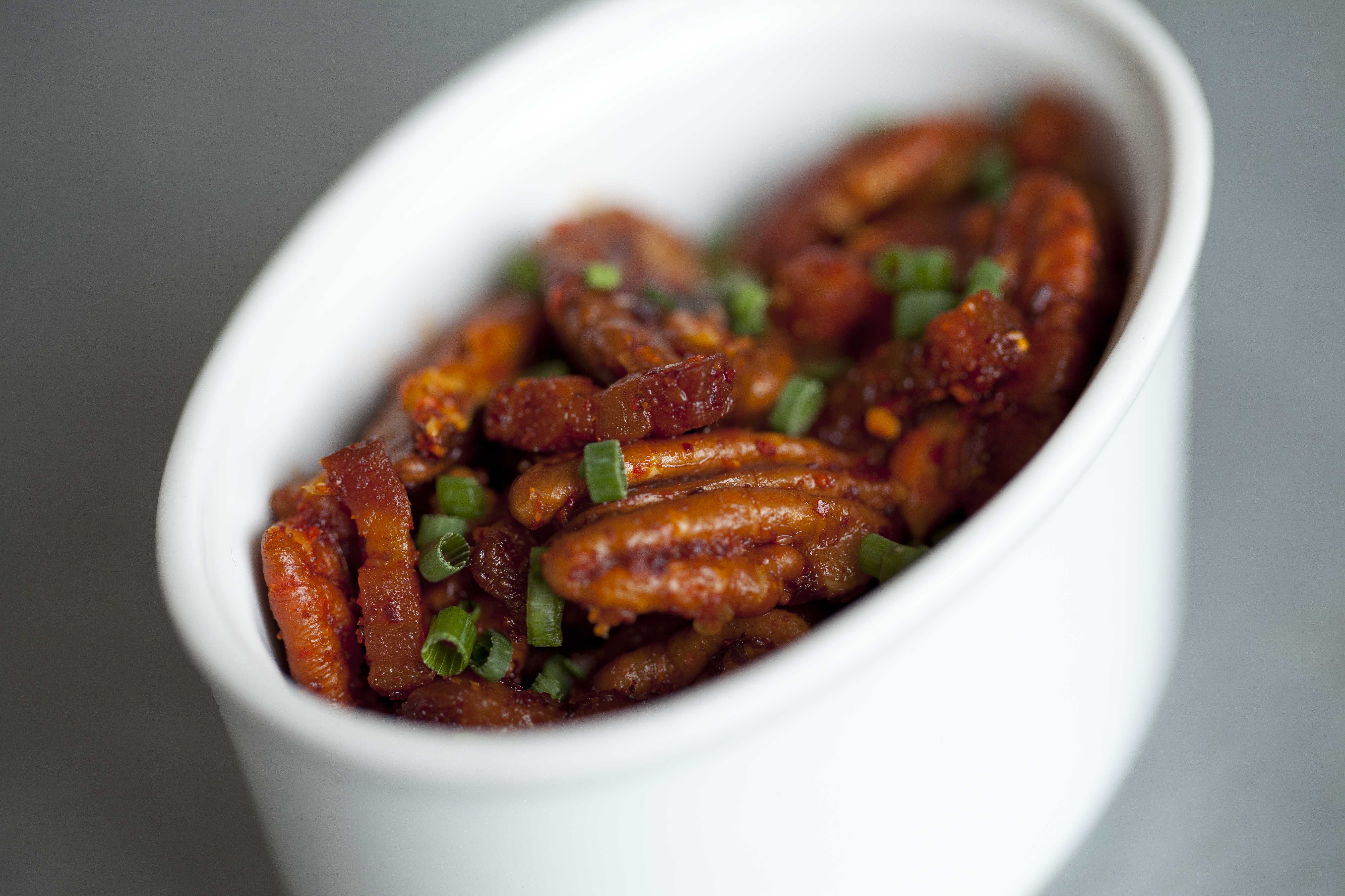 Ripple bacon roasted pecans, Photo by Elizabeth Parker