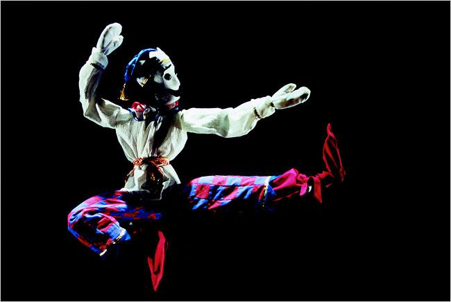 Basil Twist's production of Petrushka at the Shakespeare Theatre Company. Photo credit: Richard Termine.