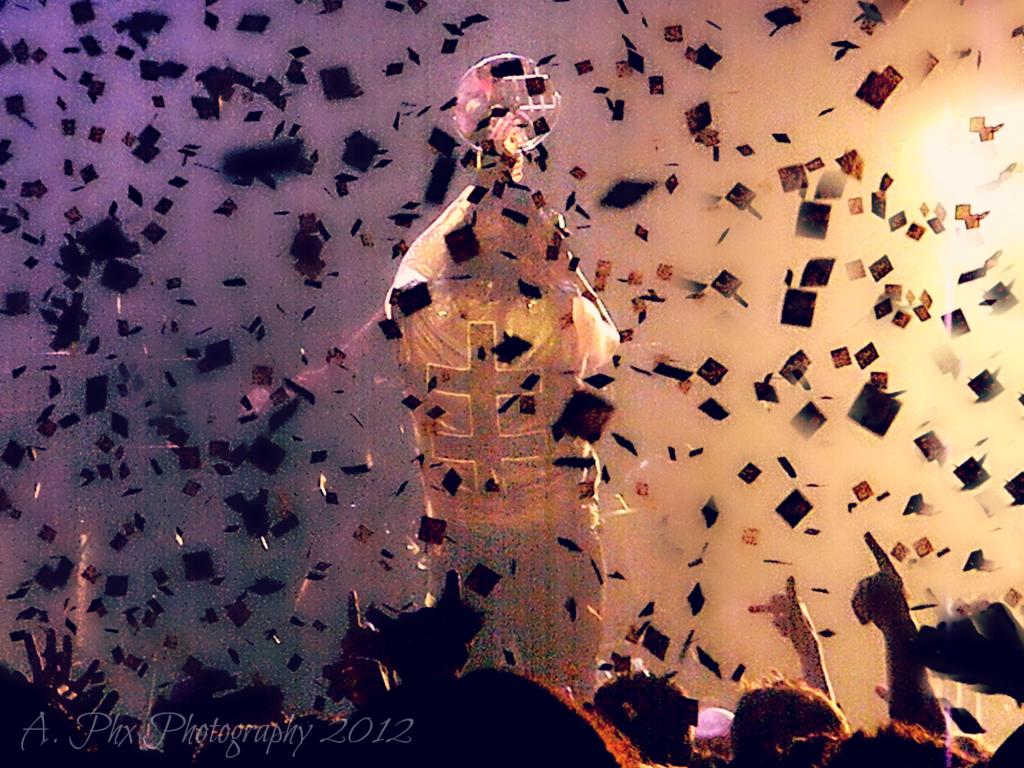 Manson confetti