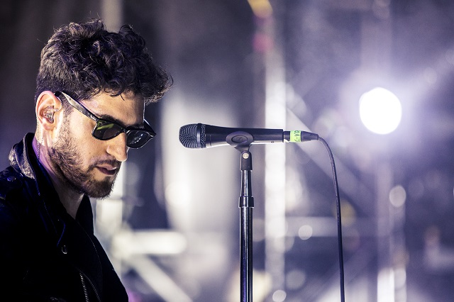 Dave 1 of Chromeo brought the funk and the fog to the Treehouse Stage. (Photo courtesy Sweetlife Festival.)